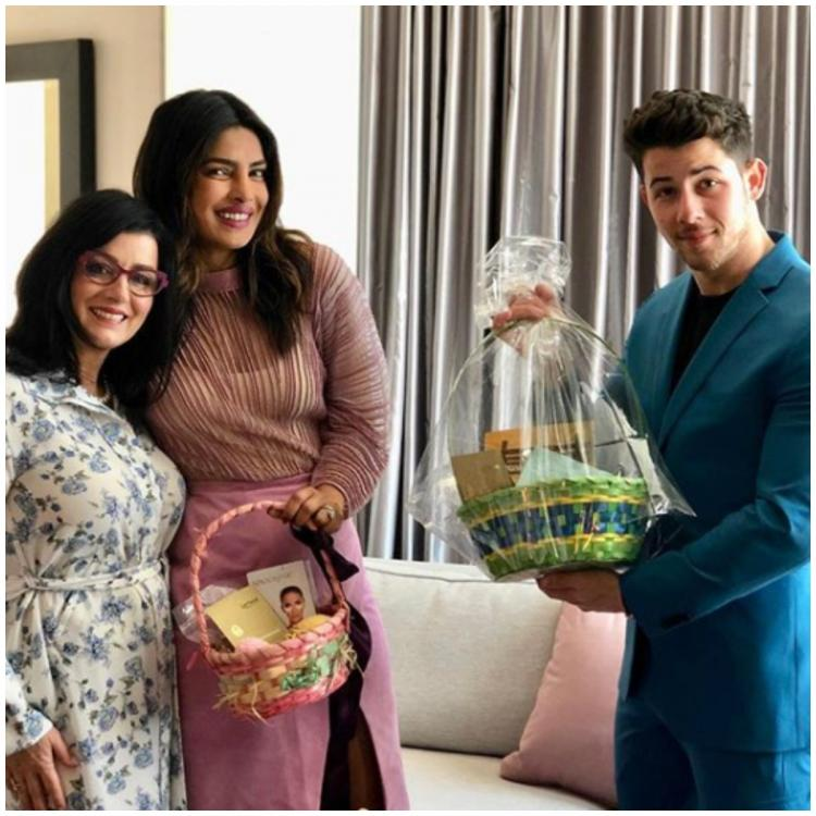 Priyanka Chopra and Nick Jonas share adorable pictures as they wish everyone Easter; view PICS