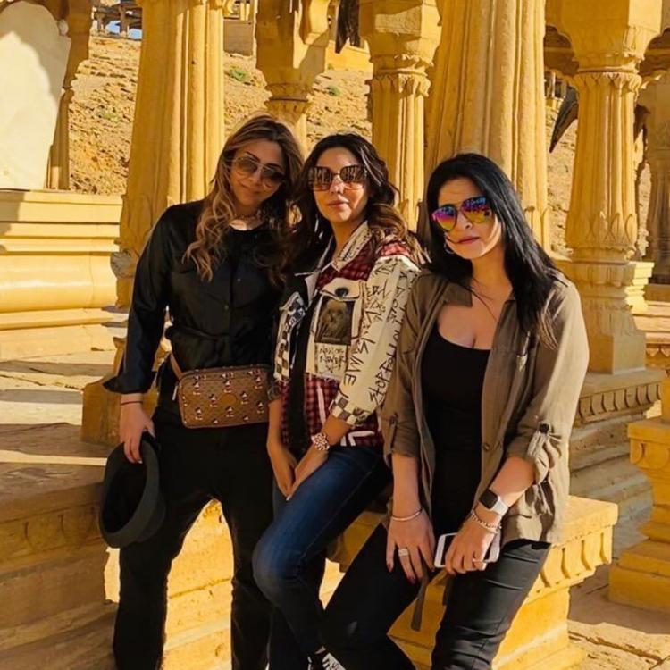 PHOTOS: Gauri Khan and her girl gang soak in Jaisalmer's sights on their vacation in the Golden City