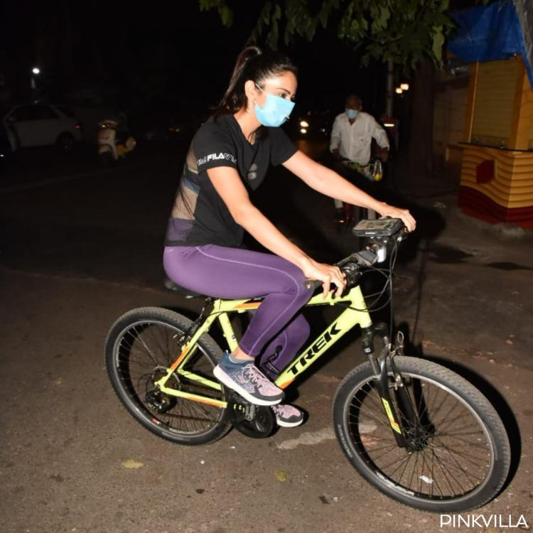 PHOTOS: Rakul Preet Singh ditches her car and enjoys a cycle ride out & about in the city