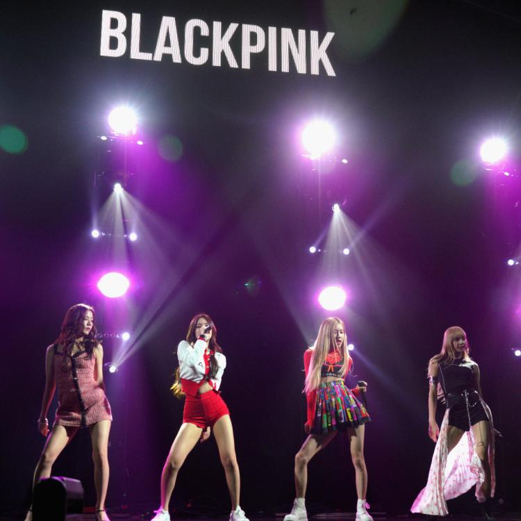 Pick some cute dog names and we'll reveal who's your BLACKPINK bestie