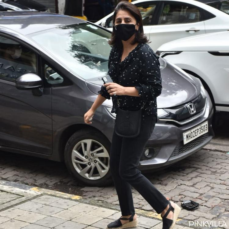 PICS: Neetu Kapoor stuns in black as she steps out in the city; Keeps her mask on to keep COVID 19 at bay