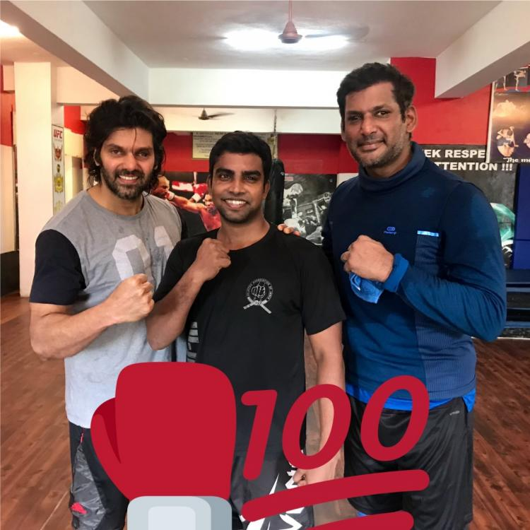 PICS: Arya poses with Vishal and Shaam as they all flaunt their muscles after intense workout sessions