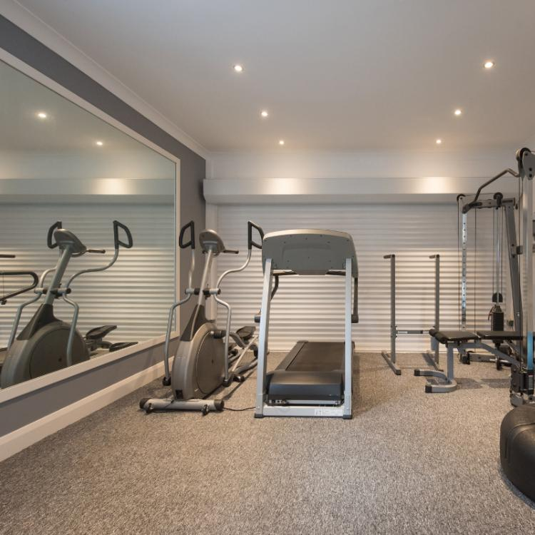 Planning to create a home gym? 8 ideas to follow to make your own fitness room