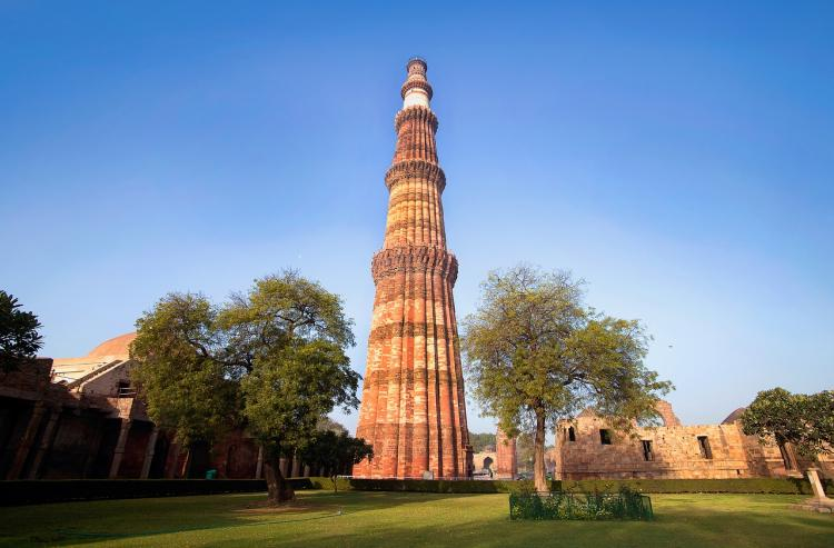 Best Places in Delhi: Planning to visit New Delhi? THESE are the 10 things you should definitely do if you are in the capital city