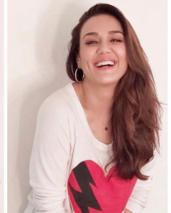 IPL 2019: Preity Zinta cautions MS Dhoni of kidnapping his adorable little daughter Ziva, Here's why
