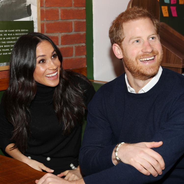 """Prince Harry and Meghan Markle want """"to avoid losing their titles"""""""