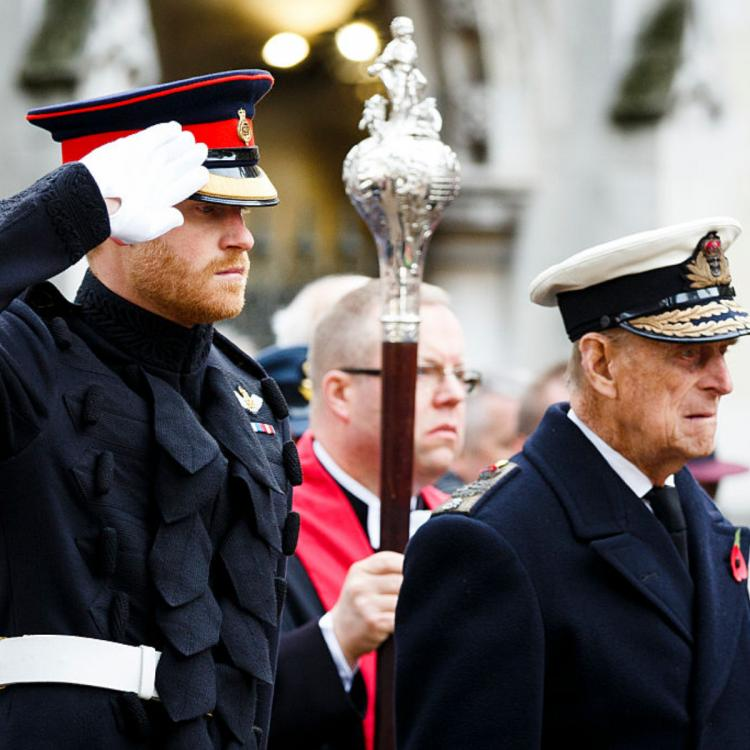 Prince Harry reaches UK for late grandfather Prince Philip's funeral; Duke to follow THESE quarantine rules.