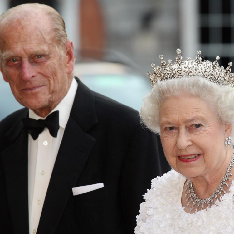 Queen Elizabeth bid final adieu to Prince Philip on Saturday with a personalized note