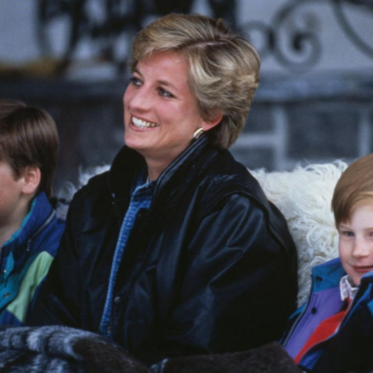 Prince William and Prince Harry will sign off on late mum Diana's sculpture set to be unveiled in London.