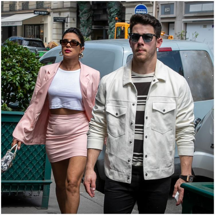 Priyanka Chopra and Nick Jonas on a hunt for their love nest as they sell off their LA pad; Read details