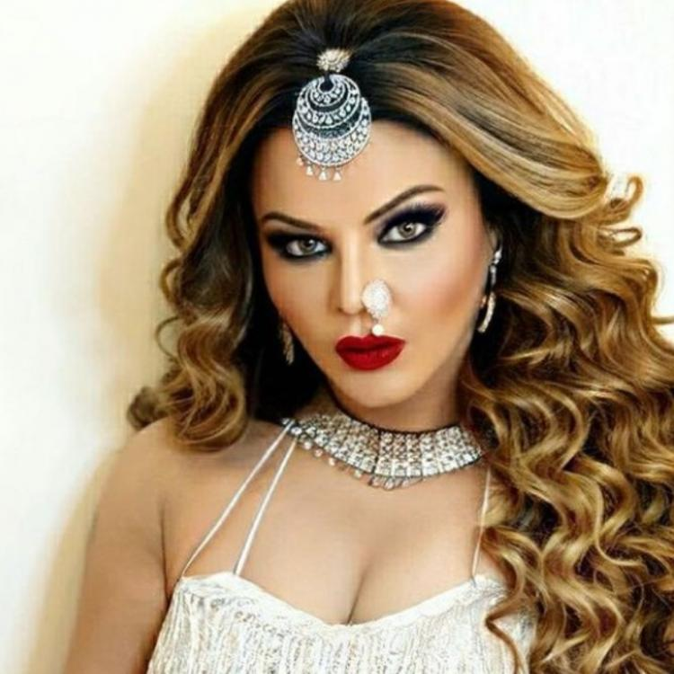 Rakhi Sawant, who has entertained the audience in the Bigg Boss 14, has opened up on her struggle.