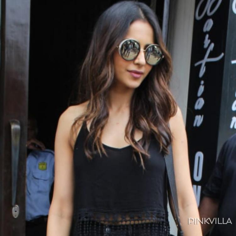 PHOTOS; Rakul Preet paints an oh so chic picture as she gets papped in the city