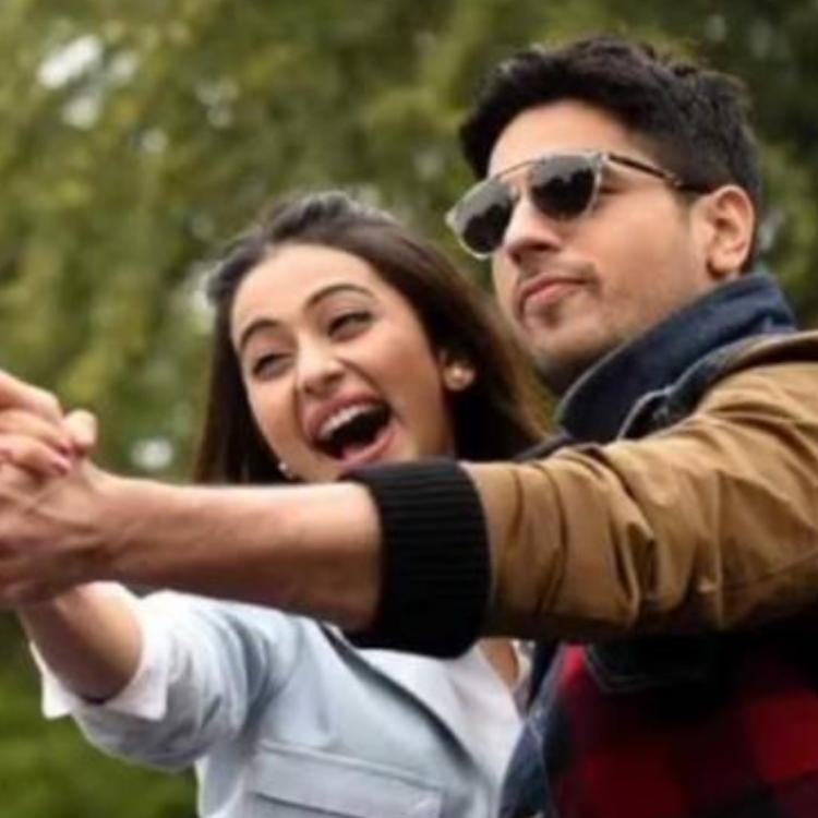 Rakul Preet Singh and Sidharth Malhotra's goofy photo.