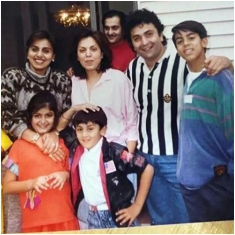 Ranbir Kapoor is a goofball as he poses with dad Rishi Kapoor, mom Neetu & Riddhima in a cute throwback pic