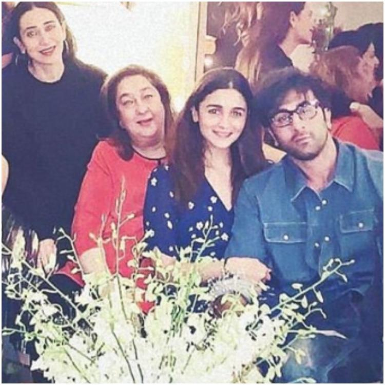Ranbir Kapoor leaning on Alia Bhatt as she holds his hand in a family THROWBACK pic is a sweet treat for fans