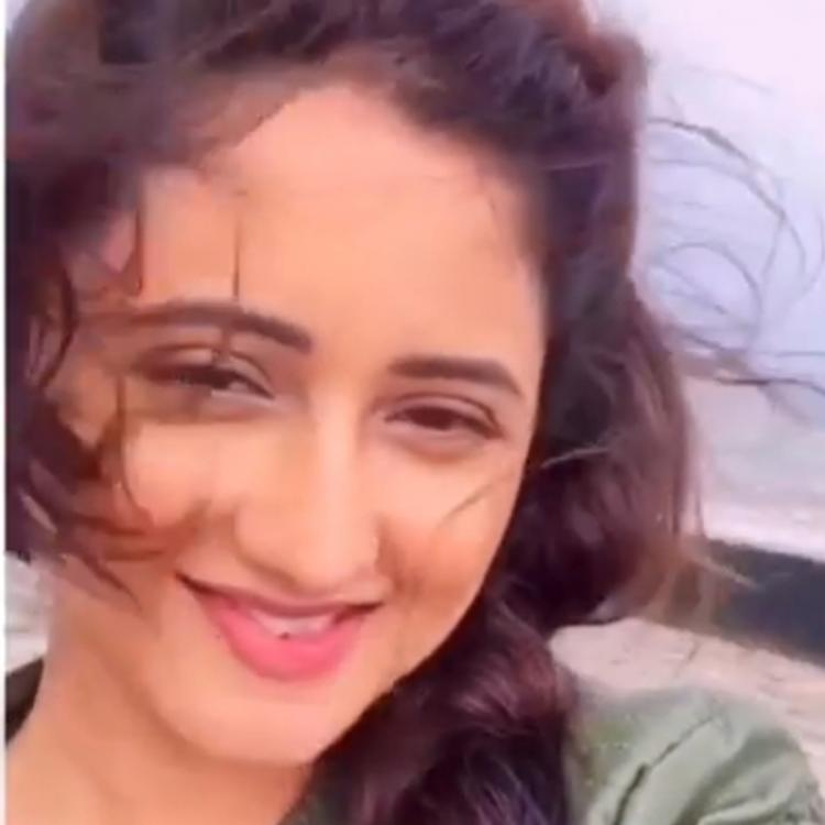 Rashami Desai looks back at a fun evening by the beach before the lockdown began and it's relatable; Watch