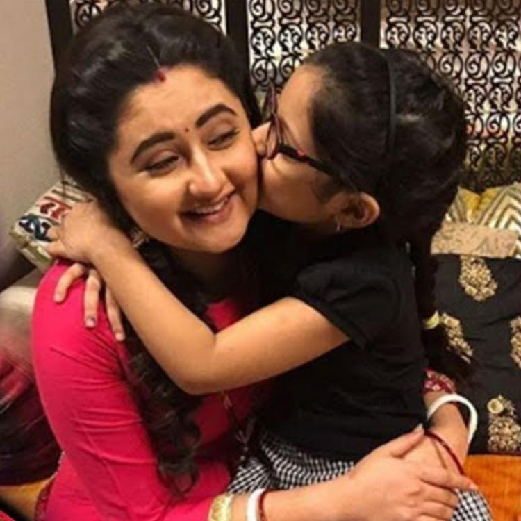 Rashami Desai shares adorable PICTURES with her niece and they are too cute to handle