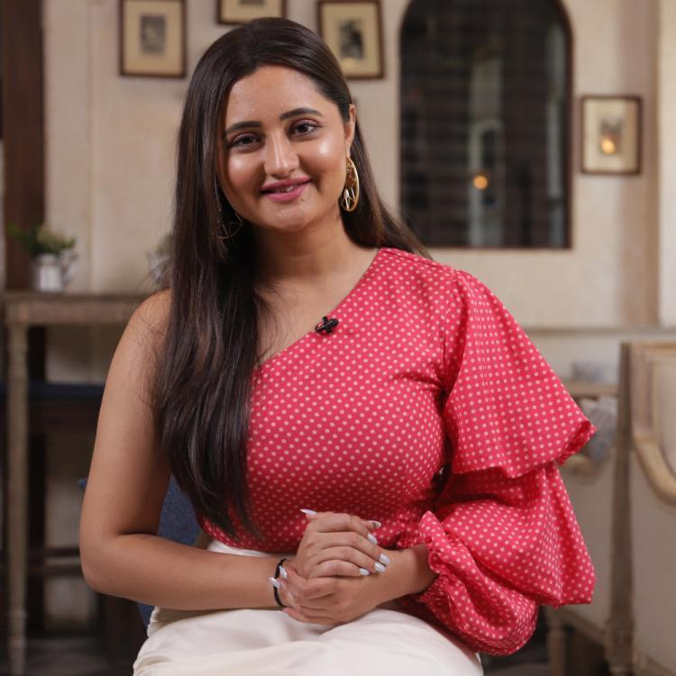 Rashami Desai urges Indians to come together for the country as government bans TikTok and other apps; VIDEO