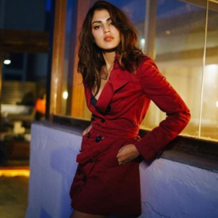 Rhea Chakraborty allegedly missing from Mumbai residence as Bihar police team tries reaching out to her