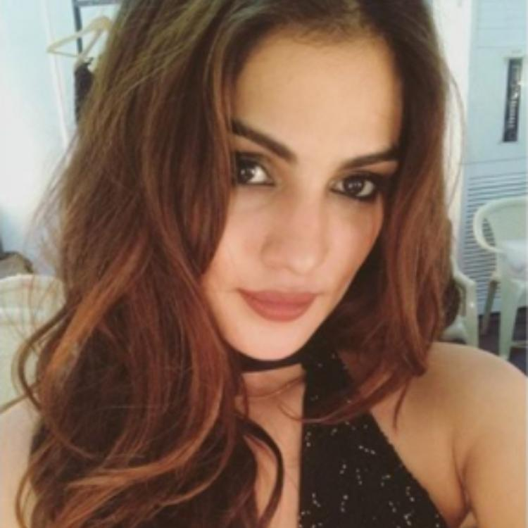 Rhea Chakraborty's team reveals the mysterious name 'AU' on her call records is a family friend