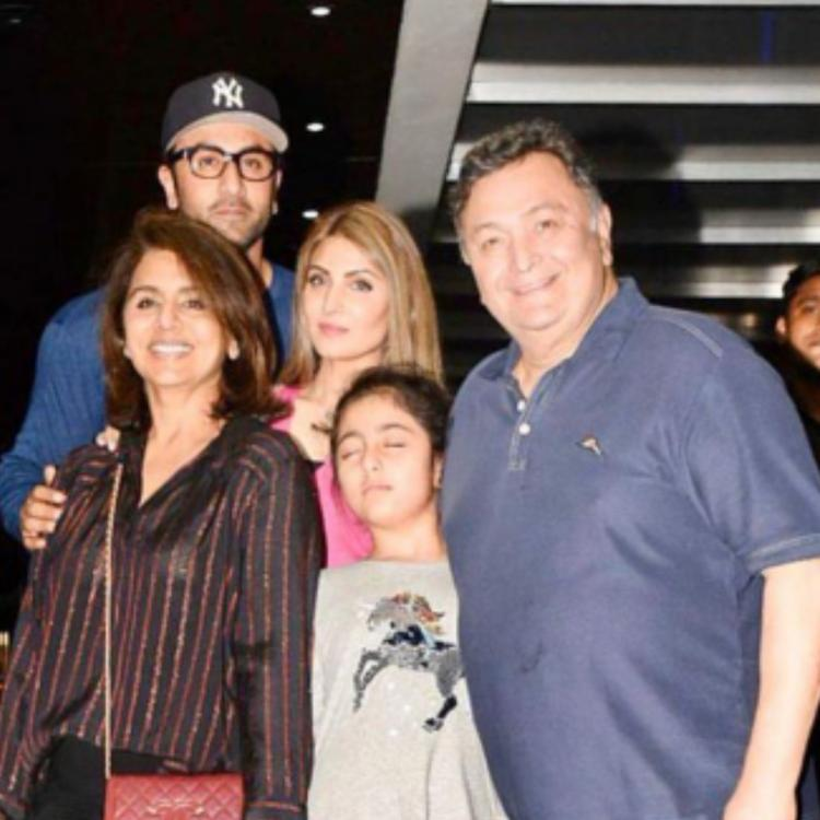 Riddhima Kapoor remembers Rishi Kapoor with a family pic ft Ranbir Kapoor, Neetu: Your love will light our way