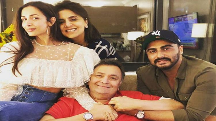 Arjun Kapoor's note for Rishi Kapoor and his fight against cancer will melt your hearts; Check it out