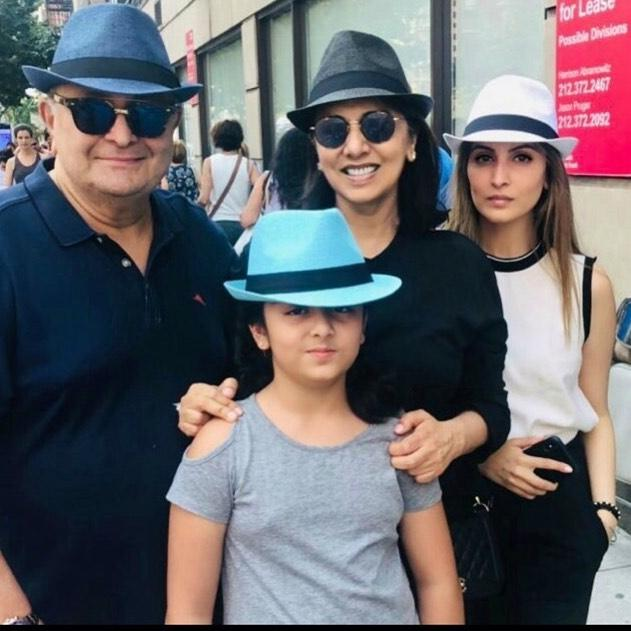 Rishi Kapoor, Neetu Kapoor & familia step out in style twinning in colorful hats as they pose in New York