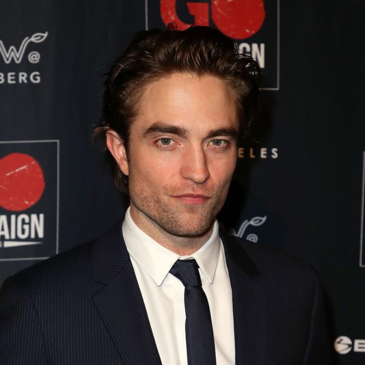 Robert Pattinson SPOTTED with GF Suki Waterhouse; First time since testing positive for COVID 19
