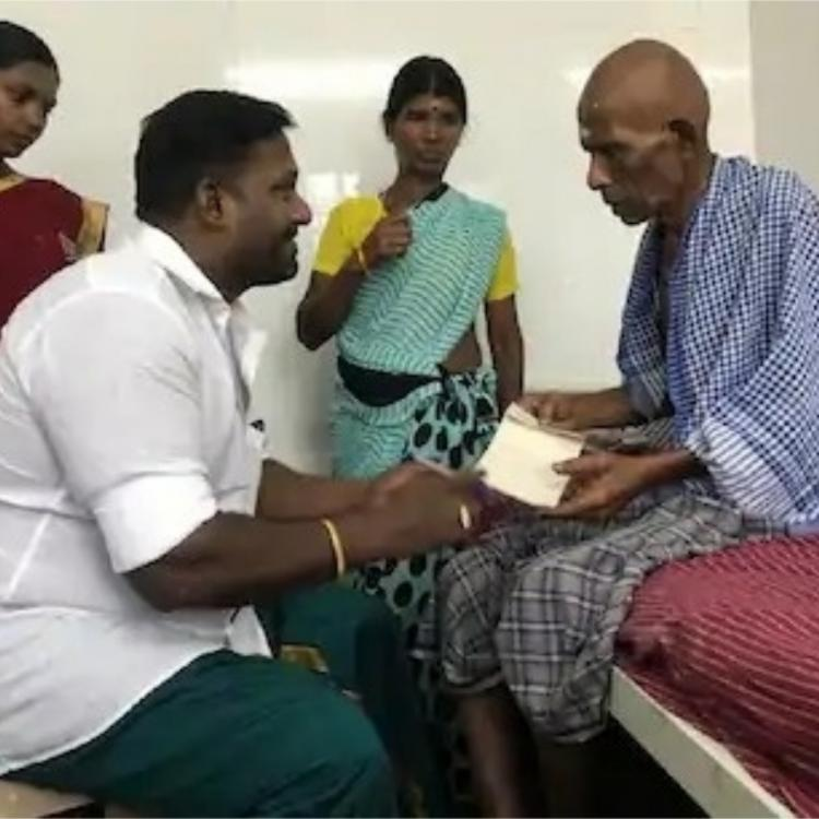 Robo Shankar meets cancer affected actor Thavasi at the hospital; Offers financial aid for treatment