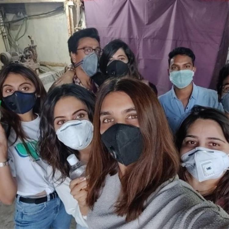 Rakul Preet Singh posts photo with mask and sanitizer; Urges people to follow proper protocols
