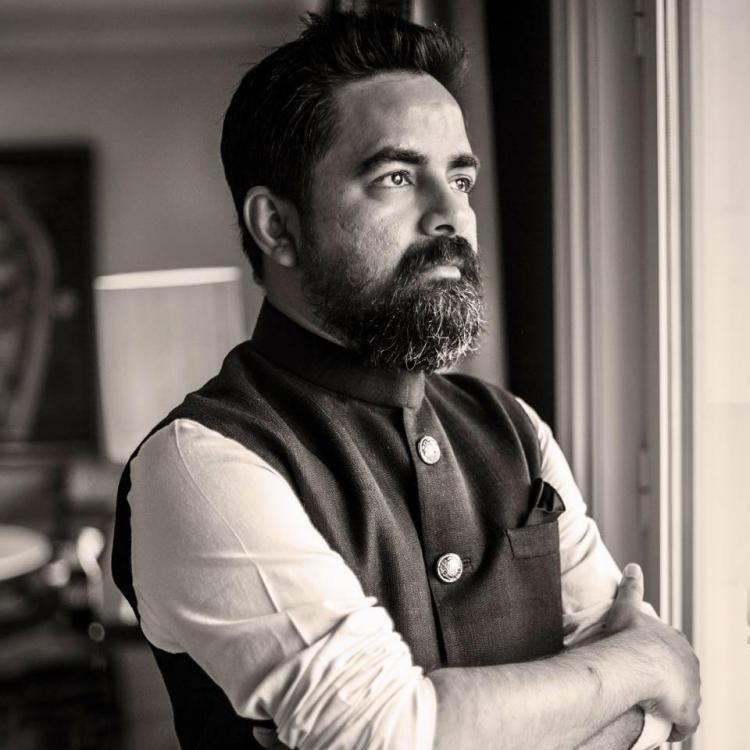 Sabyasachi Mukherjee gets called out for calling overdressed women 'wounded'; Apologises for statement