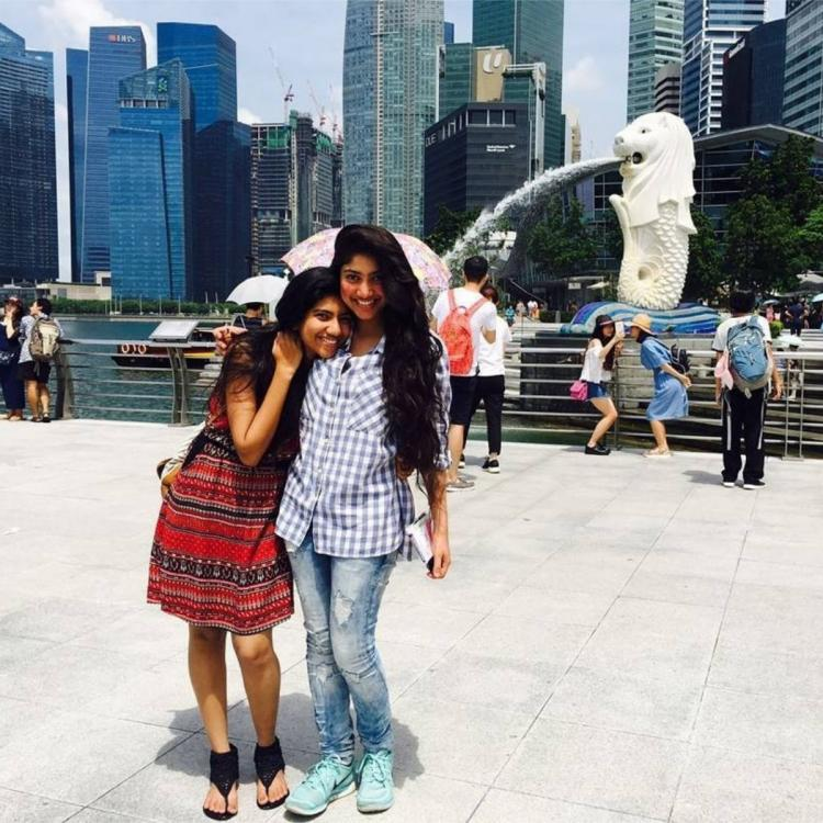 Sai Pallavi & her sister's THROWBACK vacay photo from Singapore will make you want to unleash your wanderlust
