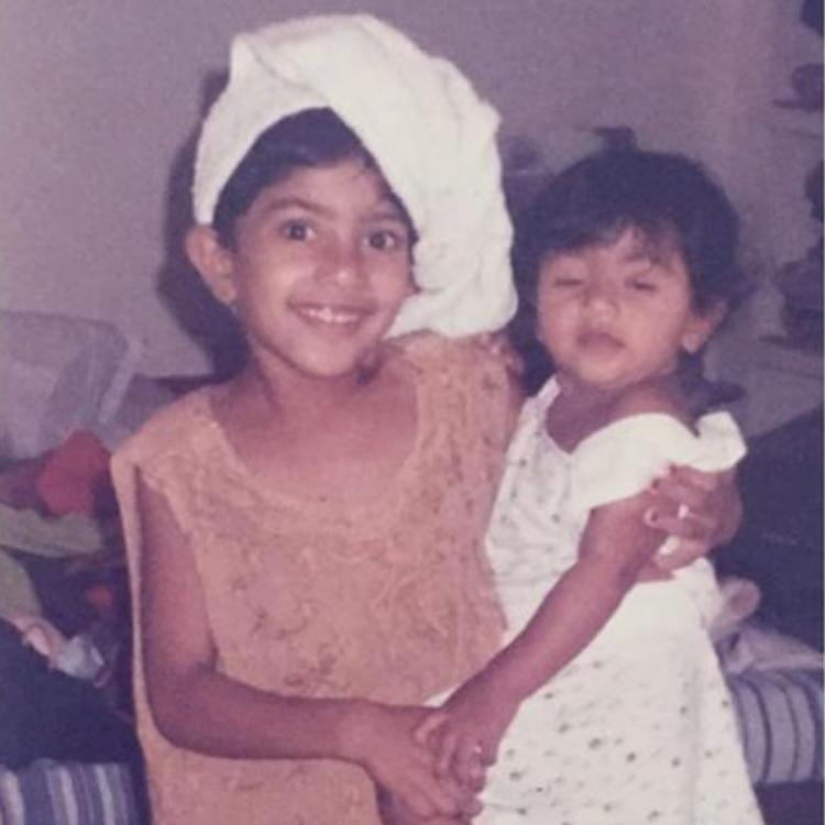 Sai Pallavi holding her little sister and posing for camera in this childhood throwback photo is a delight