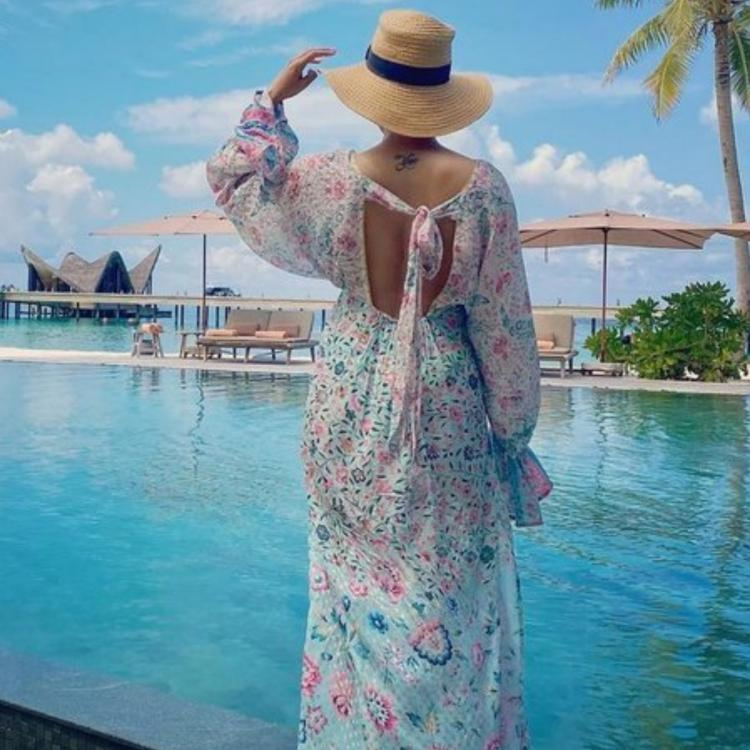 Samantha Akkineni maxi dress Maldives photos