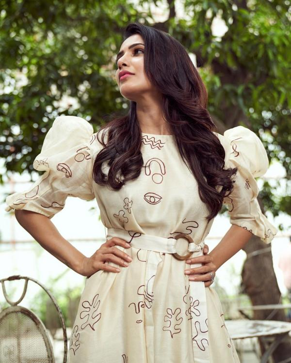 Samantha Akkineni looks elegant in a printed dress and dainty accessories for the promotions of Oh Baby