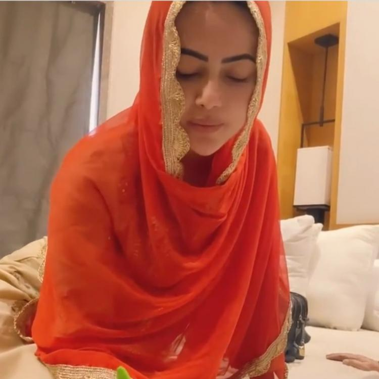 Sana Khan shares UNSEEN video from her wedding day with Anas Saiyed; Says 'Took the best decision of my life'