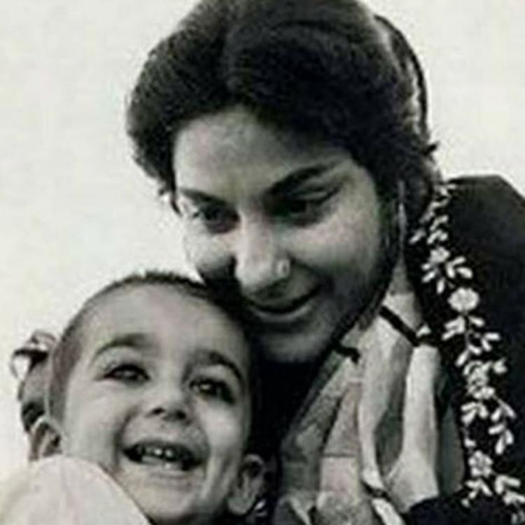 Sanjay Dutt remembers his mother Nargis on her death anniversary