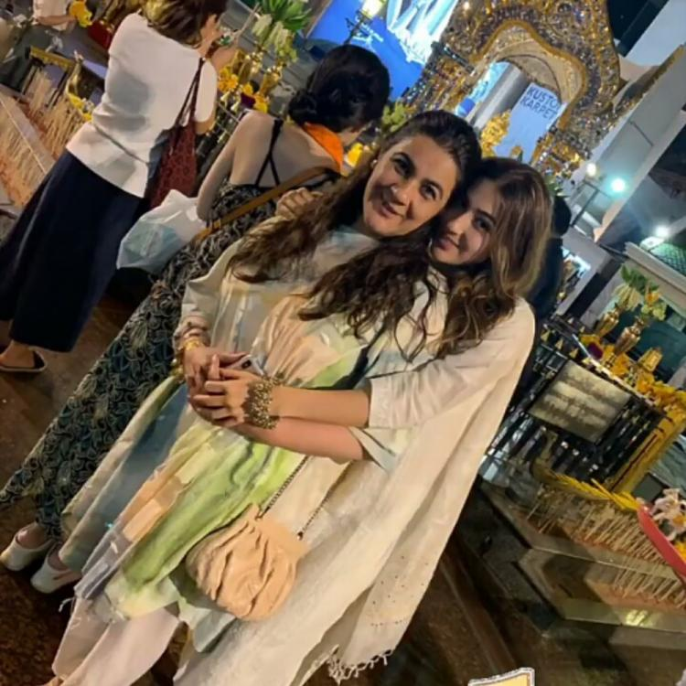 Sara Ali Khan and mommy Amrita Singh's endearing click at the Brahma Temple will melt your heart; See Pic