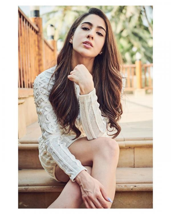 Sara Ali Khan on being pitted against Janhvi & Ananya: Am happy, confident, and content with the place I have