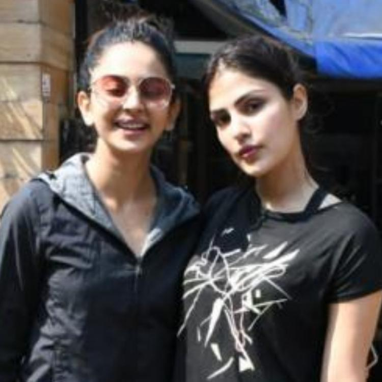 Sara Ali Khan and Rakul Preet Singh to be summoned soon by NCB after Rhea Chakraborty's confession?