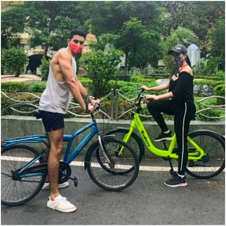 Sara Ali Khan, Ibrahim Ali Khan begin the weekend on a healthy note and head out for cycling with masks