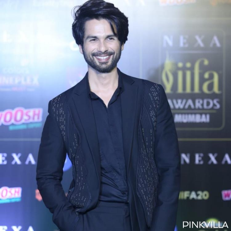 PHOTOS: Shahid Kapoor looks suave and dapper in an all black outfit at the green carpet