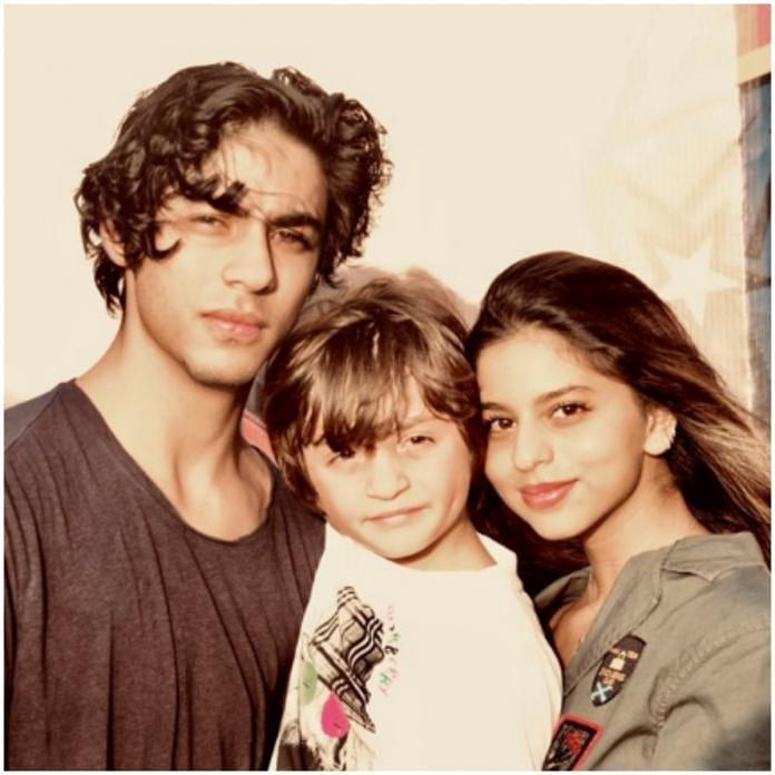 Shah Rukh Khan's kids Suhana, Aryan, AbRam Khan redefine cuteness as they pose for a picture perfect photo