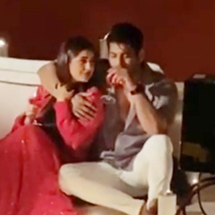 Shehnaaz Gill shares a romantic BTS video with Sidharth Shukla from Bhula Dunga; Fans hail SidNaaz chemistry