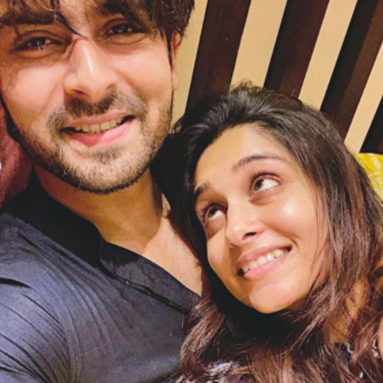 Shoaib Ibrahim and Dipika Kakar are all heart as they thank fans for showering them with unconditional love