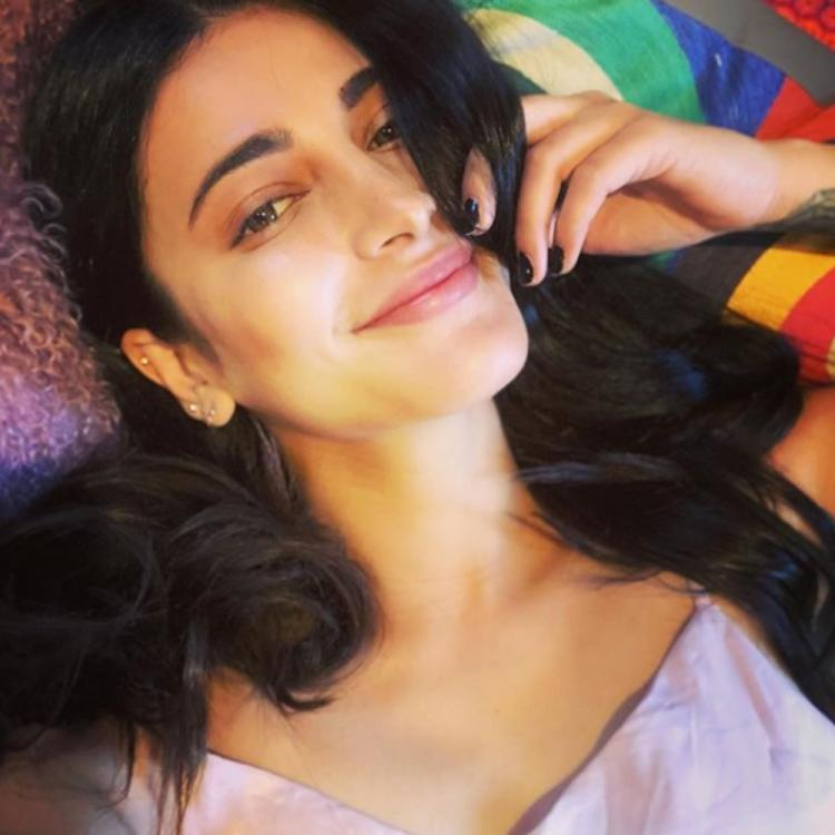 Shruti Haasan expresses her happiness over spending her weekend in London; View Post