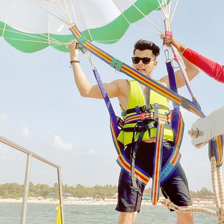 EXCLUSIVE: Siddharth Nigam has gala time while shooting in Goa; Enjoys parasailing, water sports in the city