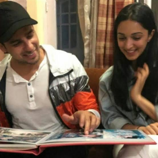 Sidharth Malhotra was asked by a fan to describe rumoured GF Kiara Advani in one word; Here's what he said