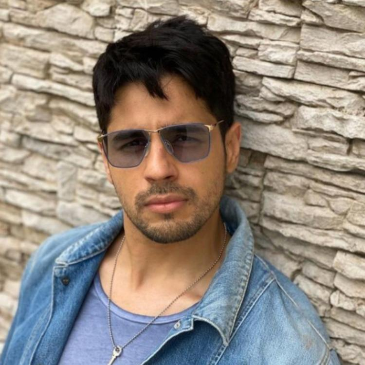 Sidharth Malhotra is ecstatic after watching New Zealand cops dancing to Kala Chashma at Diwali party