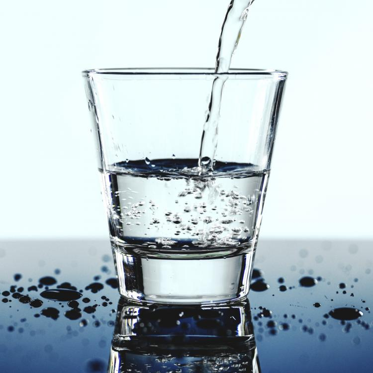 7 tell tale signs that show you are dehydrated